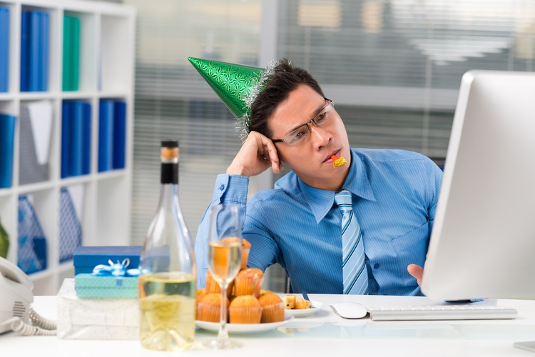 bored_party_shutterstock-jpg__0x500_q95_autocrop_crop-smart_subsampling-2_upscale