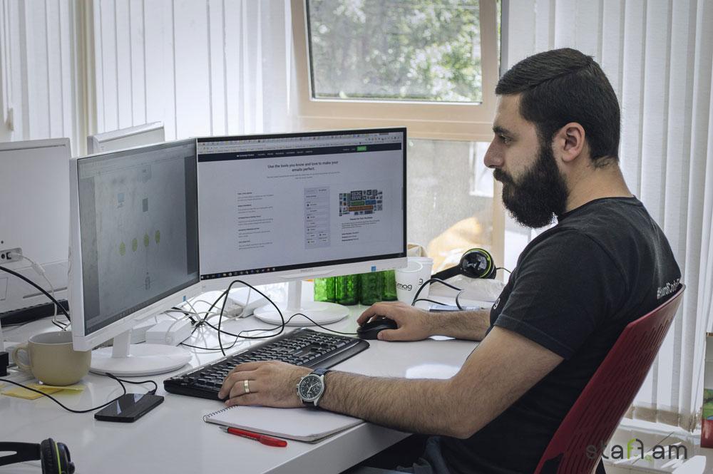 Տիգրան Maestro Պետրոսյան, Senior Web Developer