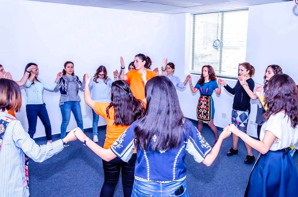 Ազգային պարերի դաս