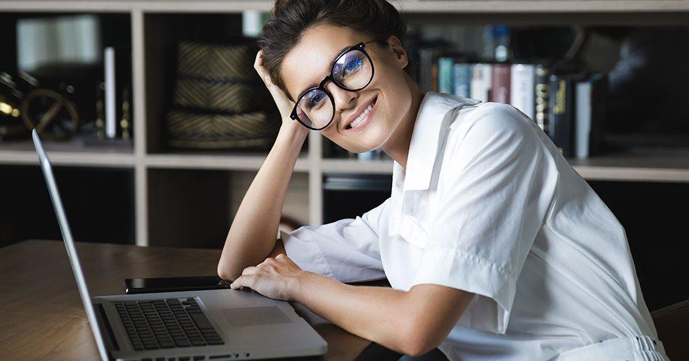 woman-working